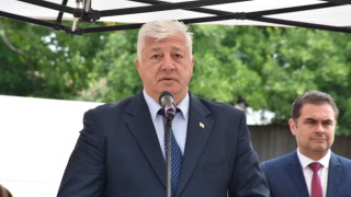 Заради влошено състояние кметът на Пловдив е приет в болница