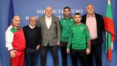 Министър Кралев се срещна с джудистите Ивайло Иванов и Янислав Герчев