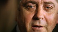 Време е за нов политически център, убеден Първанов