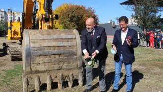 Министър Кралев даде старта на строителството на спортна зала в Пазарджик
