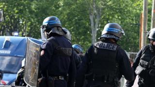 Въоръжен взе няколко души за заложници в Тулуза