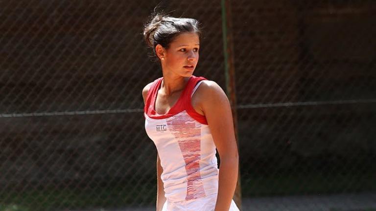 Юлия Стаматова на четвъртфинал в Анталия