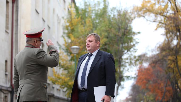 Бюджет 2020 покрива нуждите на военното министерство, доволен Каракачанов