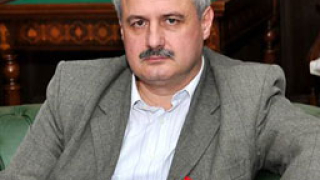 "Пламен Русев: Среднисти провалят ""Бургас-Александруполис"""