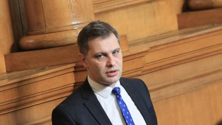 Александър Сиди: Протестът е тотално разпилян, няма единни искания