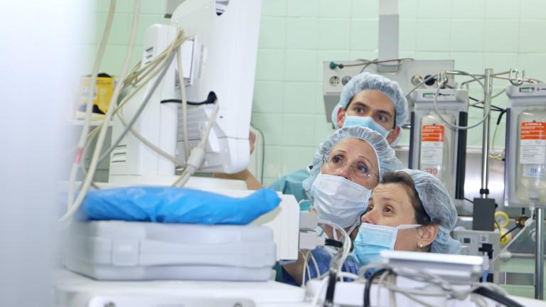 Колко харчат държавите за здравеопазване и отбрана и къде е България?