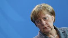 Защо Меркел вече не милва (бежанци)