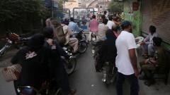 В Пакистан коронавирусът се разпространява с един от най-бързите темпове в света