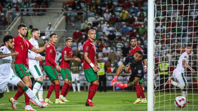 Роналдо донесе ценен успех на Португалия с късни голове