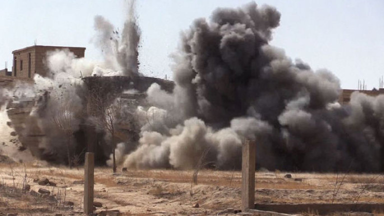 """Израел удари инфраструктура на """"Хамас"""" в Газа"""