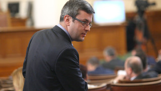 Тома Биков откри 78 модерни роби в парламента
