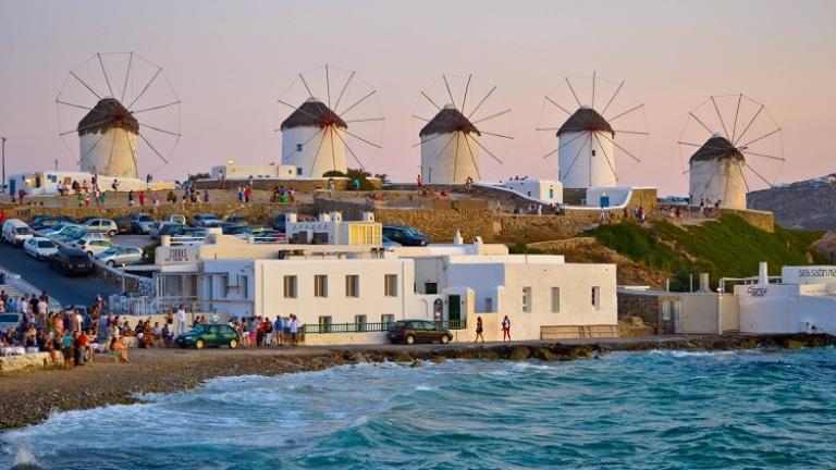 Още гръцки острови може да затегнат мерките срещу COVID-19