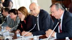 Иван Иванов защити решенията на КЕВР и пред депутатите