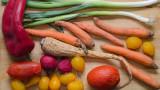Плодовете, зеленчуците и покритието, което ги предпазва от разваляне