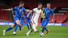 Англия се развихри срещу Исландия