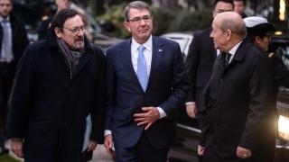 """Турция може да направи повече в борбата срещу """"Ислямска държава"""", настоя САЩ"""