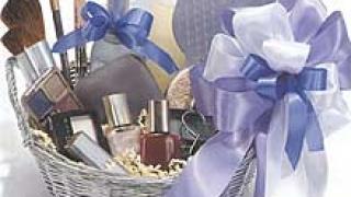 На британските летища забраниха внасянето на козметика