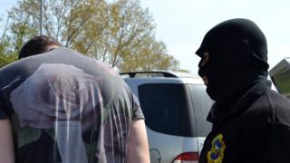 В Слънчев бряг задържаха рецидивист за жестоки грабежи на възрастни хора