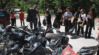 Повече доброволци и по-малко боклук из парковете ни