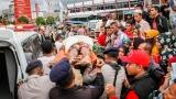 Стотици загинали и ранени след мощния трус в Индонезия