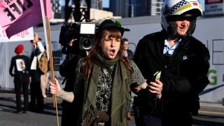 В Австралия арестуваха над 70 протестиращи срещу климатичните промени