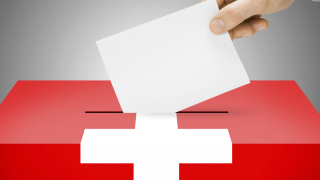 Швейцарците гласуваха за повече правомощия на спецслужбите