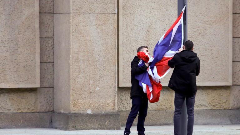 Париж предупреди, че Великобритания може да не получи отлагане на Брекзит