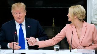 Тръмп призна, че искал Иванка в ООН и Световната банка