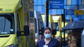 """Британският вариант на коронавируса е проблем, """"който вероятно ще помете света"""""""