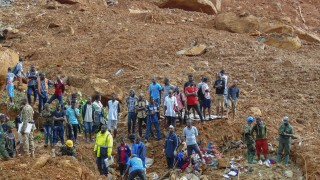 Хиляди са жертвите на свлачището в Сиера Леоне