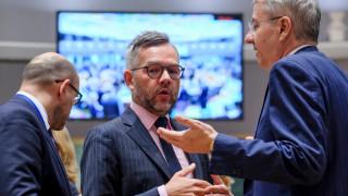 Новият премиер няма да промени сделката за Брекзит с ЕС, категорични ЕК и Германия