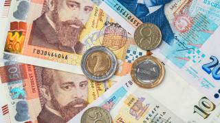 30 000 лева месечна заплата? Ето колко хора в България получават такова възнаграждение