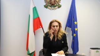 Марияна Николова доволна, че няма нито един заразен турист с COVID-19 у нас
