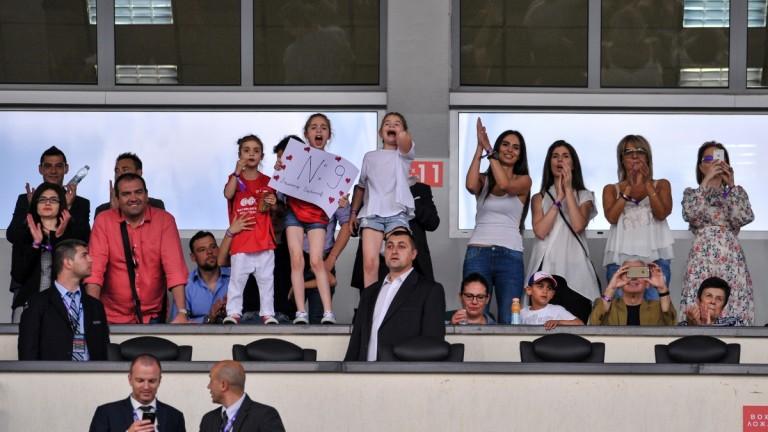 Мощна подкрепа за Димитър Бербатов от неговите дъщери