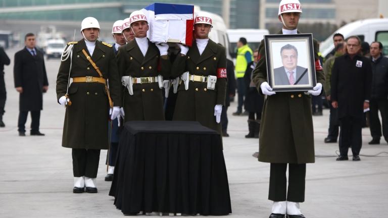 Турски прокурори обвиниха Гюлен за участие в убийството на руския посланик Карлов