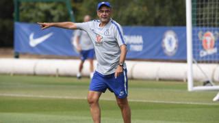 Абрамович заплаши Сари със санкции още преди да е започнал в Челси