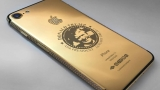 В Дубай продават златни iPhone 7 с лика на Доналд Тръмп