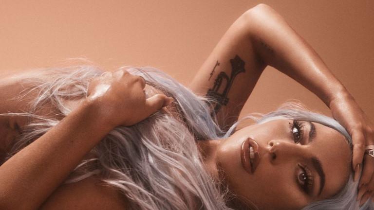 Новата, по-секси Лейди Гага