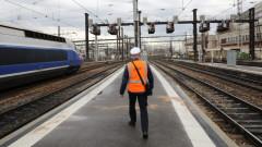 Франция губи по €20 милиона на ден заради стачката в железниците