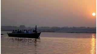 Лодка с около 70 нелегални имигранти потъна в Егейско море