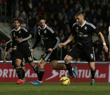 Реал загуби Бензема за мача с Малага