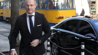Не съм стоял пред кабинета на Борисов, отсече Лозан Панов