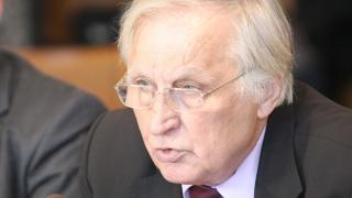 Никола Абаджиев: Да не се принизява ролята на втория пенсионен стълб