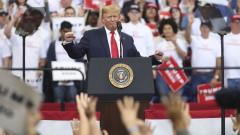 Повече от половината американци подкрепят импийчмънт на Тръмп