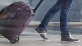 Сериозен спад на пътуванията на българите в чужбина през септември