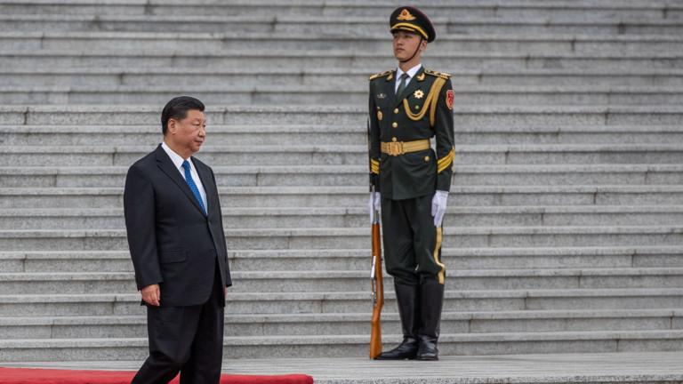 Си Дзинпин призовава Тръмп да облекчи санкциите срещу КНДР