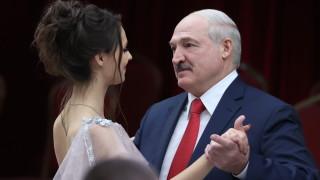 Лукашенко обеща референдум за конституционни промени
