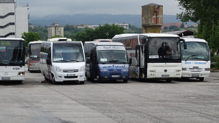 Без автобусни превози от 0:00 ч. заради протест на превозвачите
