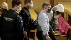 """Заместник-председателят на """"Златна зора"""" се укрива, избягва влизането в затвора"""