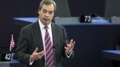 """Фараж иска """"твърд"""" Брекзит, ако ЕС не предложи сделка за финансовите услуги"""